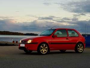 Ford Fiesta 16V Sport