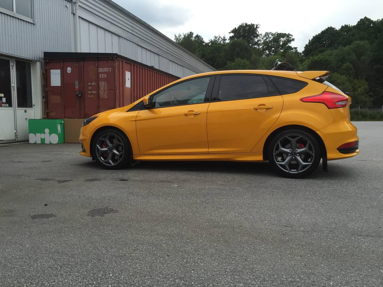 Ford focus st 2016 garaget for Garage auto st genest lerpt