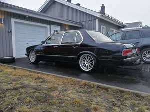 BMW 728ia