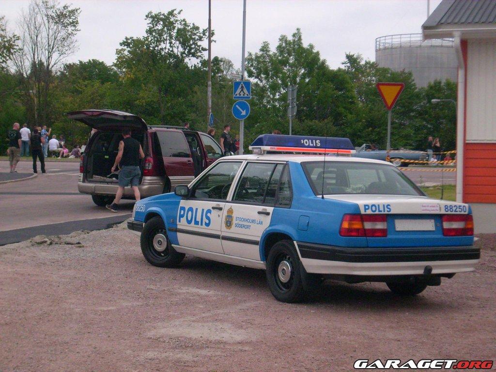 Garaget Volvo 944 Polis 1996