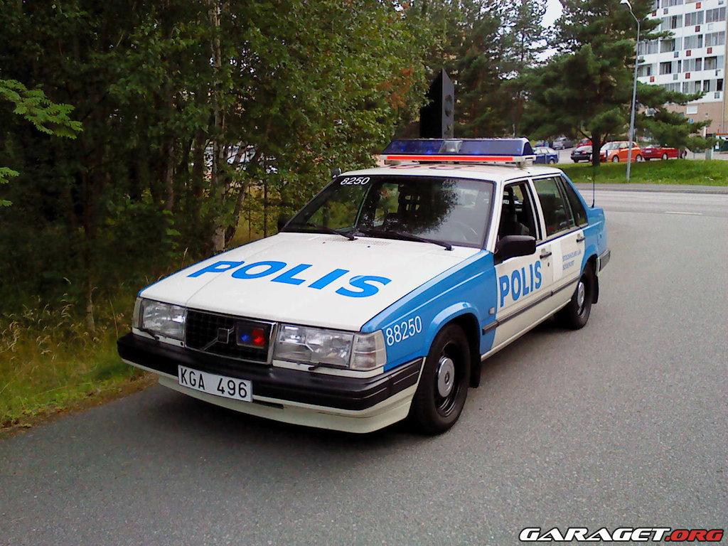 Volvo 944 Polis 1996 Garaget