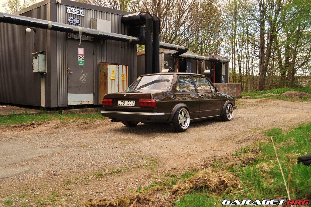 [ VW ] JETTA 1 - Page 4 Large_212944-2316907