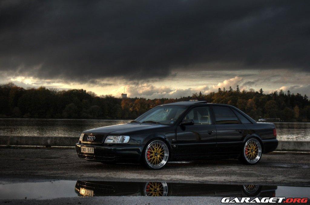 Garaget Audi S4 2 5tq 1993