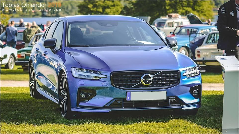 Volvo S60 T5 R-Design (2020) - Garaget