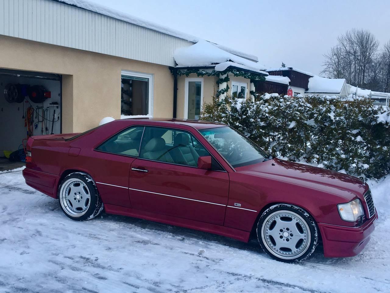 Garaget mercedes 320ce 1995 for Garage mercedes paris 13