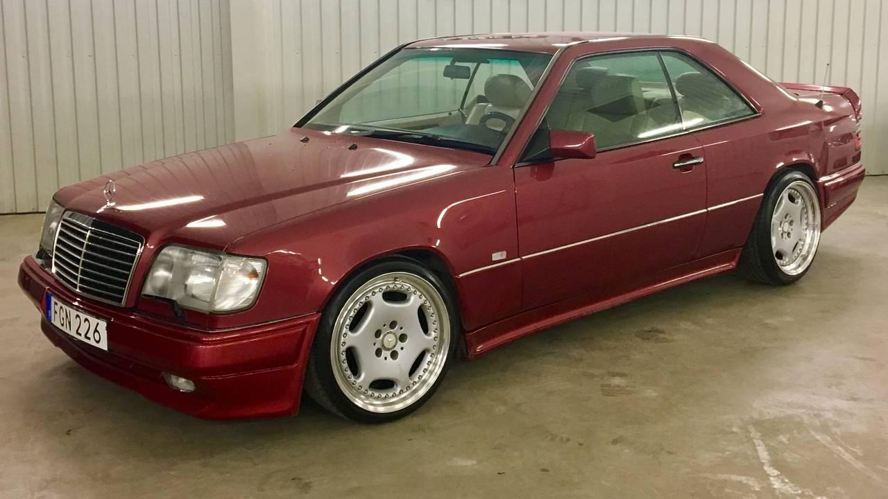 Mercedes 320ce 1995 garaget for Garage mercedes paris 13