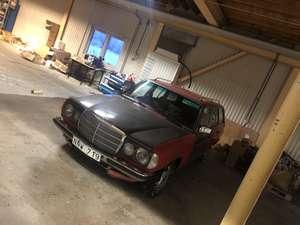 Mercedes W123 300tdt