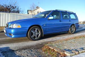Volvo V70 R AWD