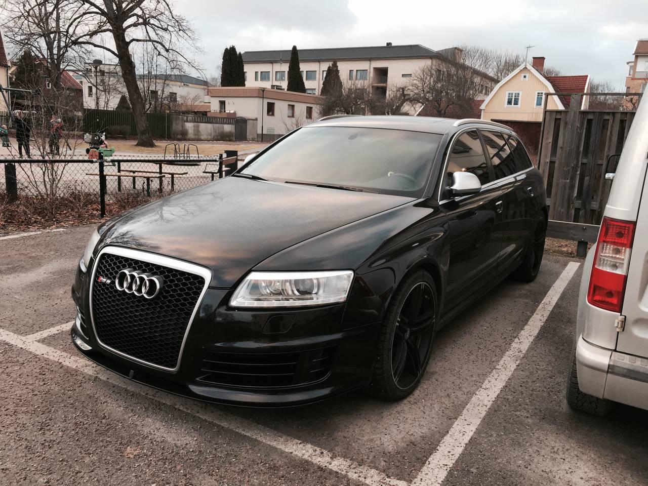 """Audi RS6 C6 """"Black edition"""" (2009) - Garaget"""