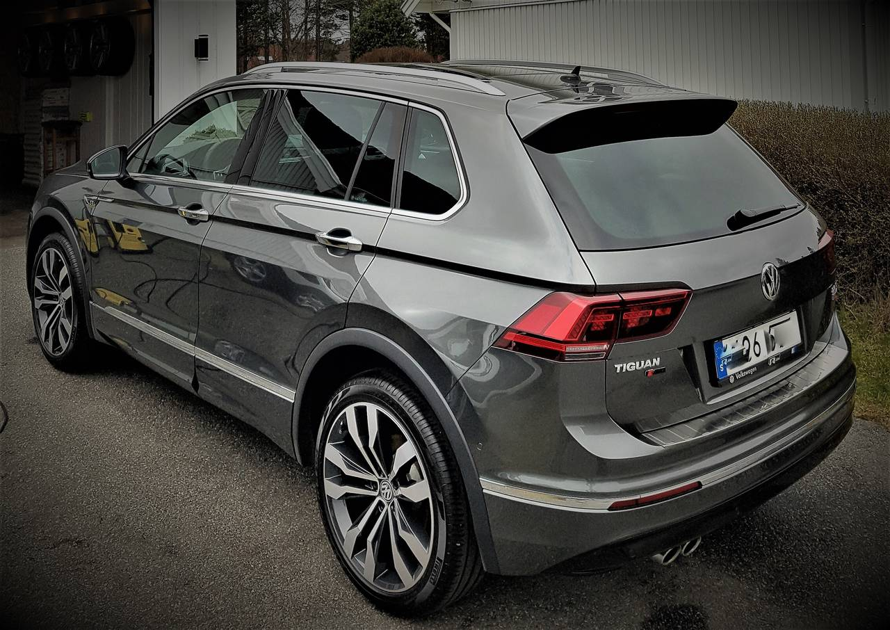 volkswagen tiguan 2 0l tdi 4 motion r line 2017 garaget. Black Bedroom Furniture Sets. Home Design Ideas