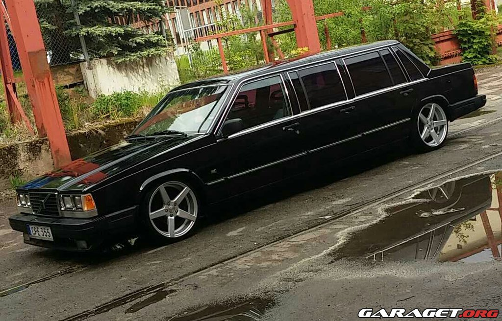 Volvo 740 Limousine (1988) | Garaget