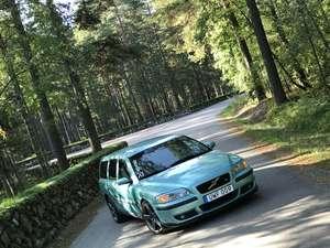 Volvo V70R AWD Flashgreen