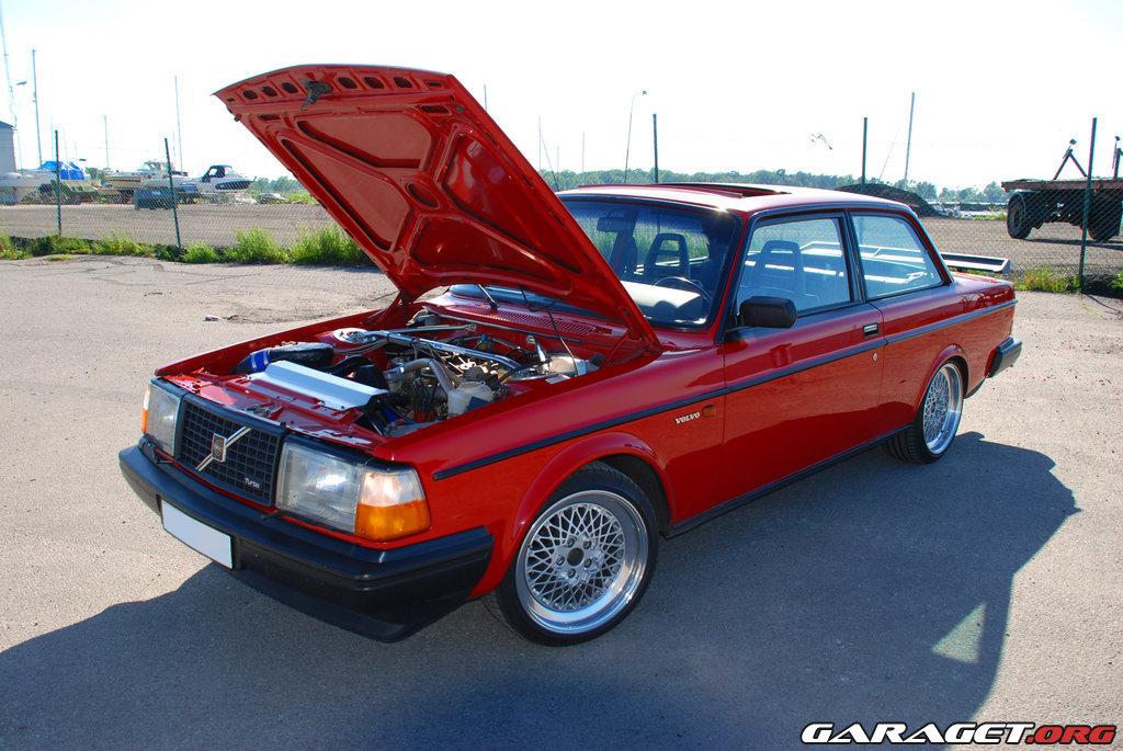 Volvo 242 Turbo Evolution Grupp A 1983 Garaget