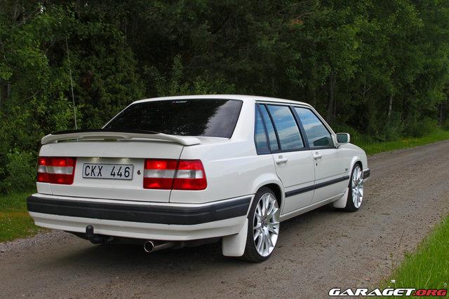 white 940 image