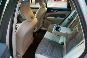 Volvo XC60 T5 AWD Momentum Advanced S