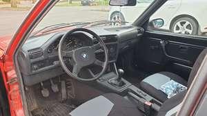 BMW E30 318