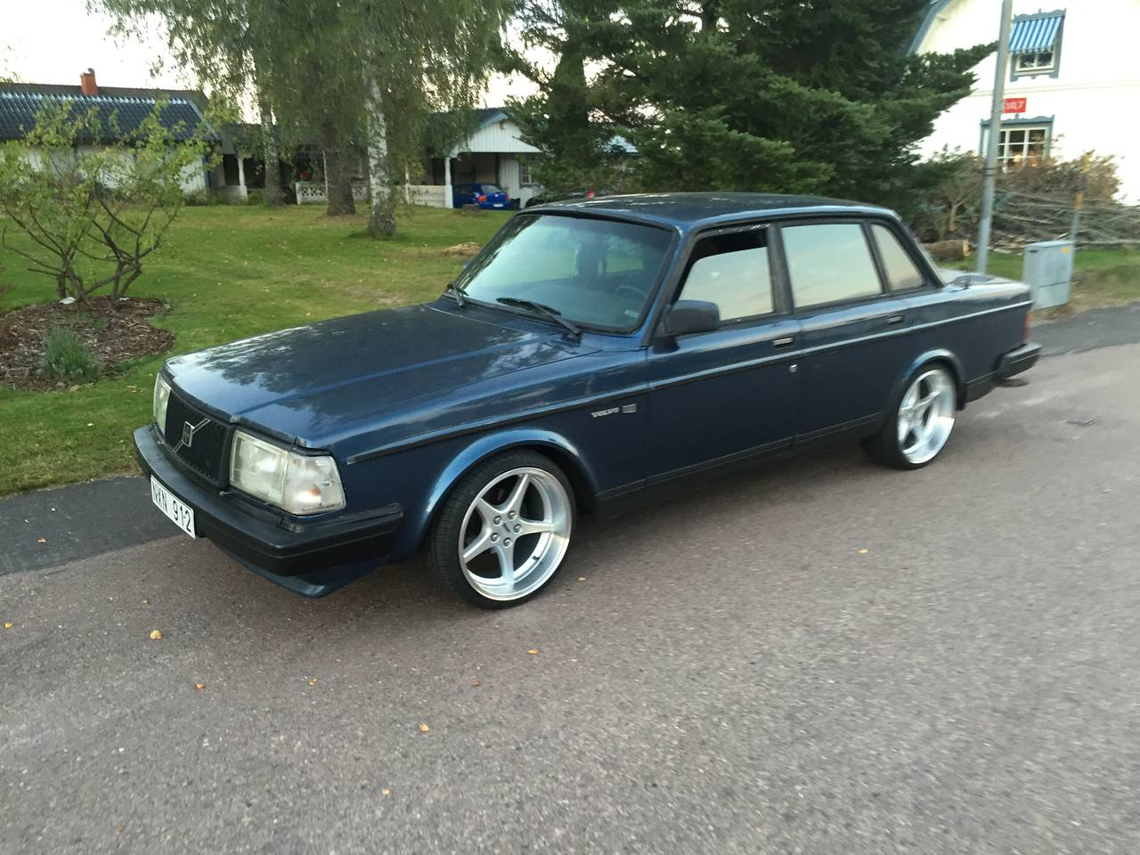 volvo 240 1988 garaget. Black Bedroom Furniture Sets. Home Design Ideas