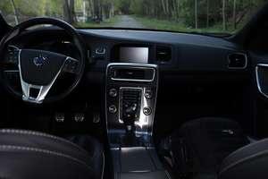 Volvo S60 D5 Black R-Design polestar