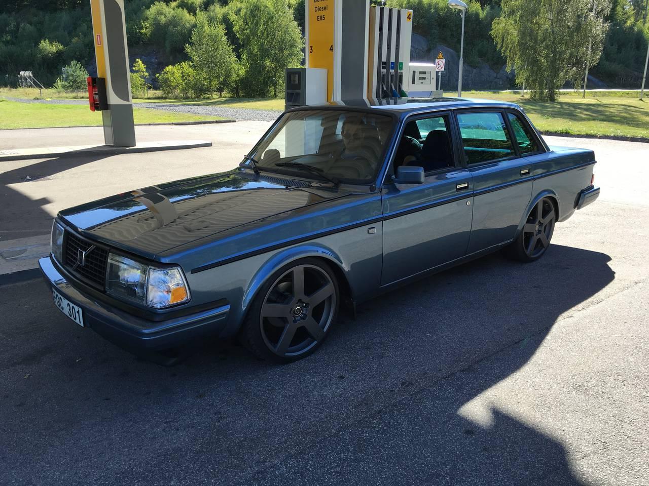 Volvo 240 V8 Supercharged 1985 Garaget