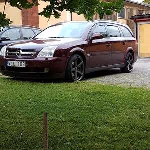 Opel Vectra C 2.0T ELE