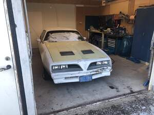 Pontiac Firebird -77