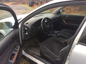 Volkswagen Passat 1.8 T Kamei Edition