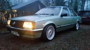 Opel Rekord 2.0 E