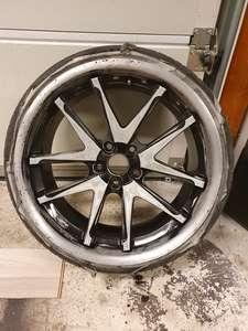 Mercedes W211