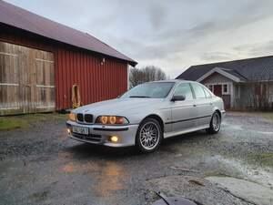 BMW E39 535I