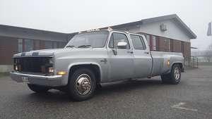 Chevrolet C30 silverado dually crew cab