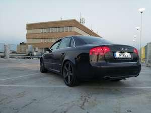 Audi A4 Sedan 2.0 TDI Quattro