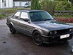 BMW E30 320i / 325i