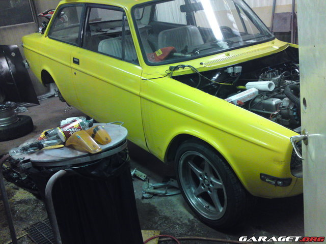 Garaget volvo 142 v8 1968 for Garage auto galon