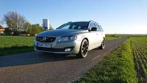 Volvo V70  SPORT AWD