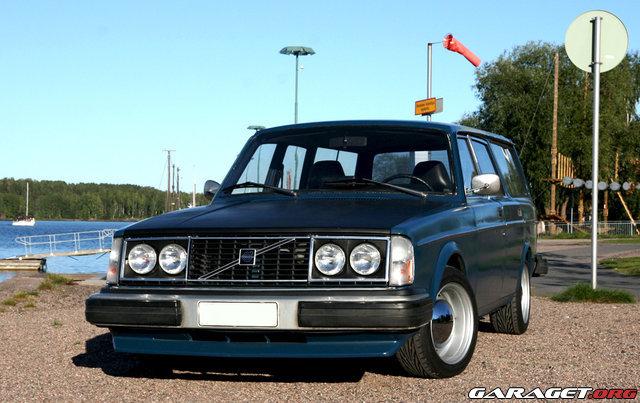Garaget Volvo 245 Dl 1977