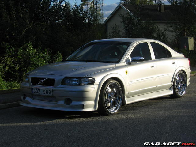 Volvo s60r fender flares
