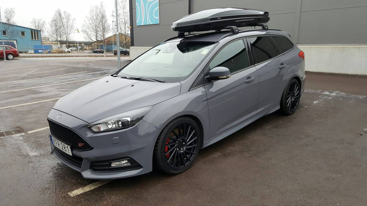 ford focus st mkiii kombi 2015 garaget. Black Bedroom Furniture Sets. Home Design Ideas