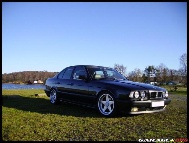 Garaget bmw 540 ia 1993 for Garage bmw chambery 73