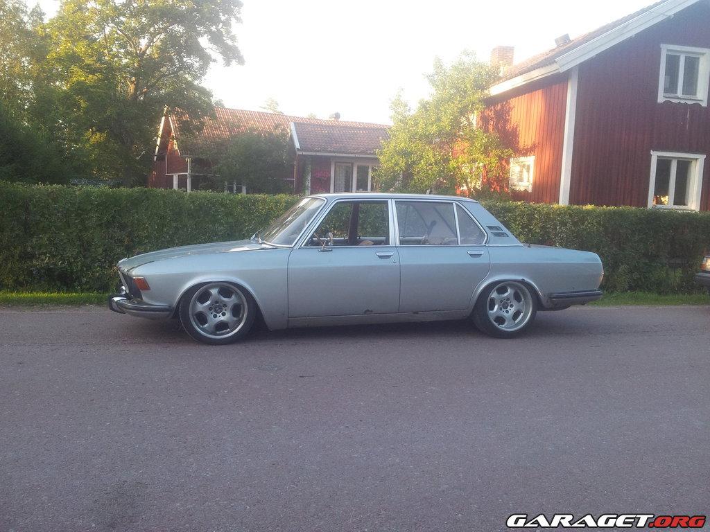 Bmw 2500 1971 garaget for Garage specialiste bmw 77