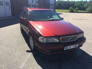 Volvo V70 GLT