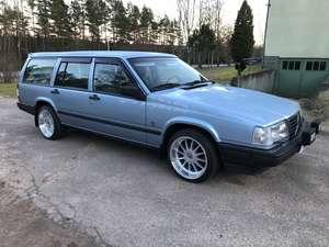 Volvo 945 2.3 SE