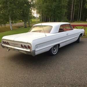 Chevrolet Impala 2dr ht