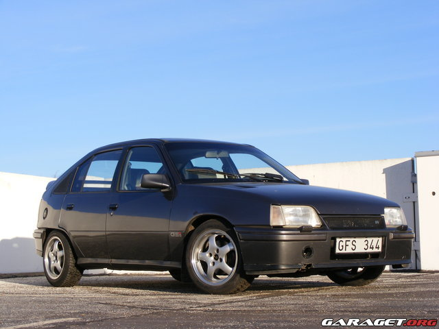 Opel kadett gsi l ttning race edition update p for Garage opel albi 81