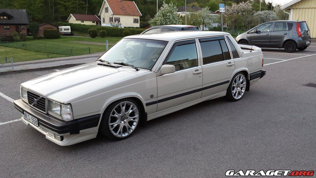 Volvo 740 (1988) Garaget