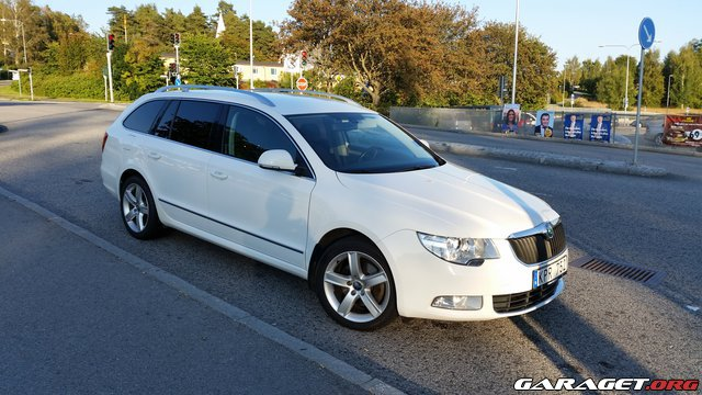 Skoda superb 2010 garaget for Garage skoda 92