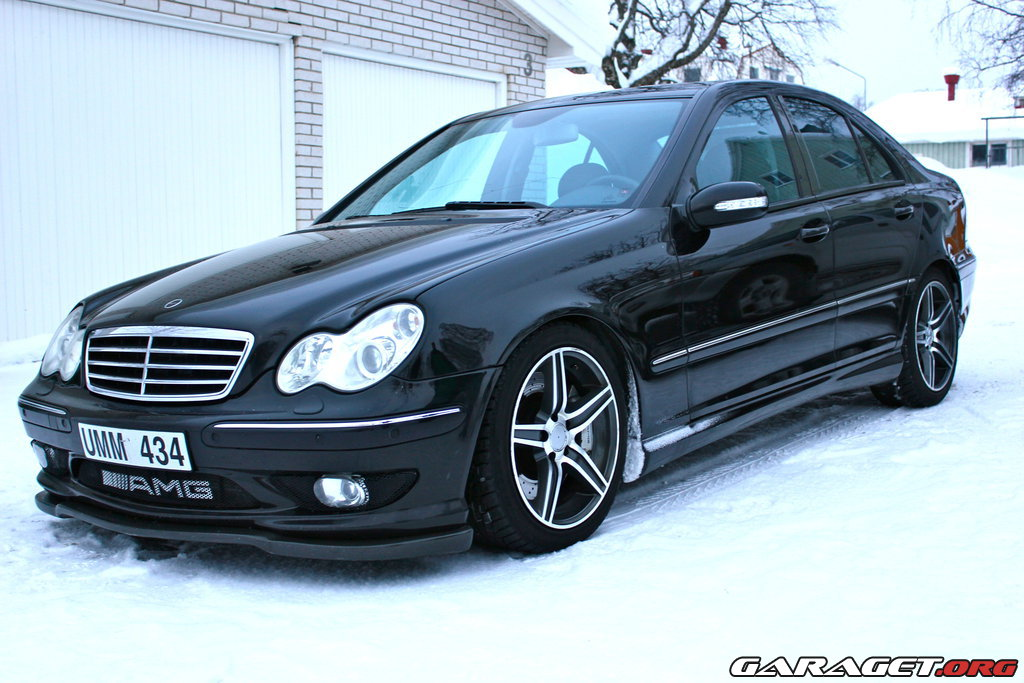 mercedes c32 amg 2004 garaget. Black Bedroom Furniture Sets. Home Design Ideas