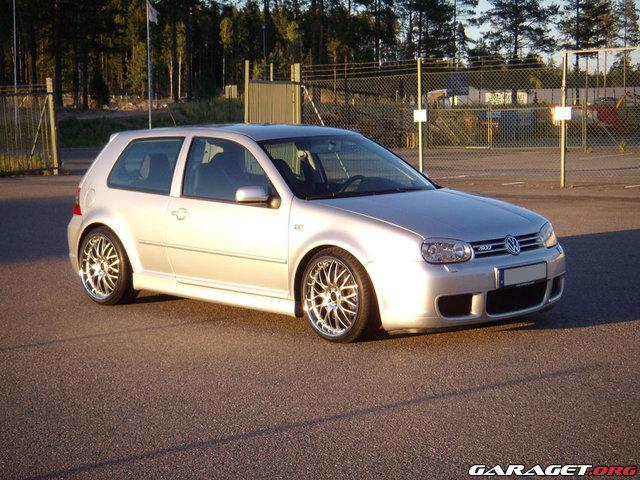 Volkswagen golf r32 2003 garaget for Garage volkswagen rueil malmaison 92