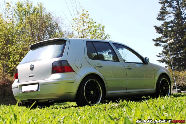 Volkswagen golf iv gti turbo 2000 garaget for Garage volkswagen 92