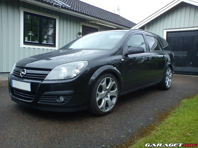 opel astra 2 0 turbo sport 2005 garaget. Black Bedroom Furniture Sets. Home Design Ideas