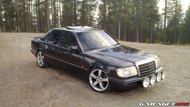 Mercedes w124 1991 garaget for Mercedes garage 93
